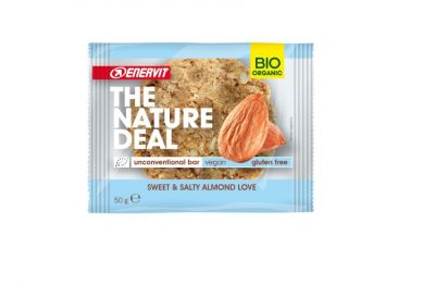 Enervit The Nature Deal unconventional bar Sweet & Salty Almond love 50g - Snack biologico mandorle caramellate salate