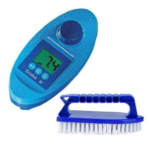 SCUBA II POOLTESTER Tester Analizzatore Elettronico per Piscina con 70 pastiglie incluse + Spazzola Setole Dure Omaggio